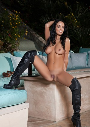 Free Pussy Boots Porn